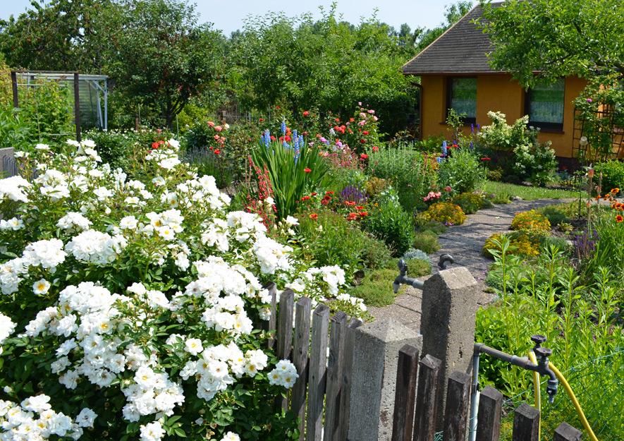 Gartengestaltung und Gartenwege