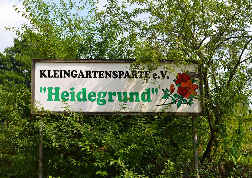 Vereinsschilder in Kleingartenanlagen
